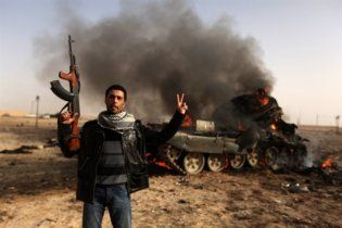 Лівійські повстанці взяли у полон генерала