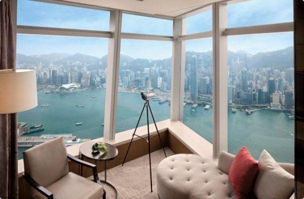 В Гонконге открылся самый высокий отель в мире
