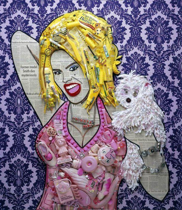 Американский художник создает портреты звезд из таблеток и туалетной бумаги