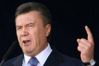 Янукович заявил, что во Львове не уважают погибших за Родину
