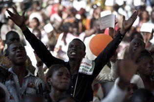 При столкновениях на западе Кот-д'Ивуара погибли минимум 800 человек