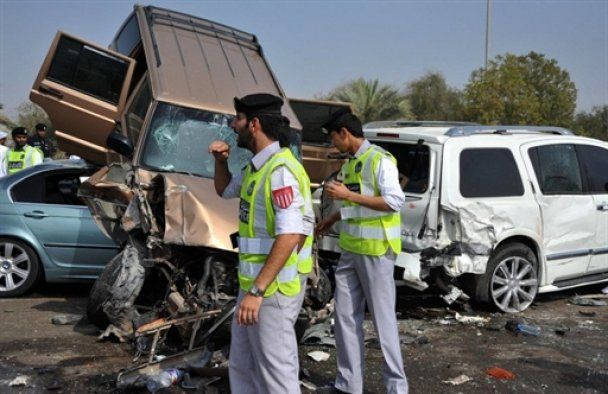 В ОАЭ столкнулись сразу 127 машин