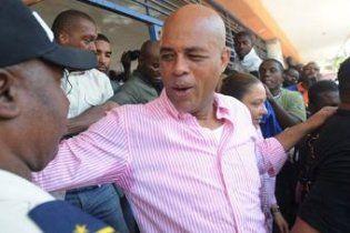 На президентських виборах у Гаїті переміг музикант Мішель Мартеллі