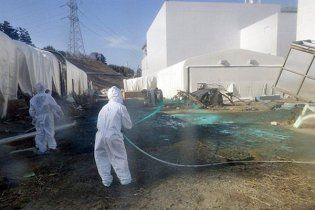 """Радіоактивна вода на """"Фукусіма-1"""" може закипіти"""