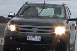 Компанія Ford представила позашляховик Ranger, який їздить під водою