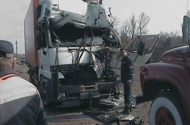 На Одесчине водитель фуры заснул за рулем: есть погибшие