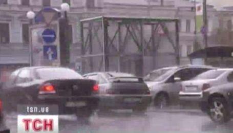 Непогода оставила без света более 200 городов и поселков