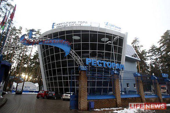 У Москві помічник генпрокурора і 16-річний син депутата побилися в душі фітнес-клубу