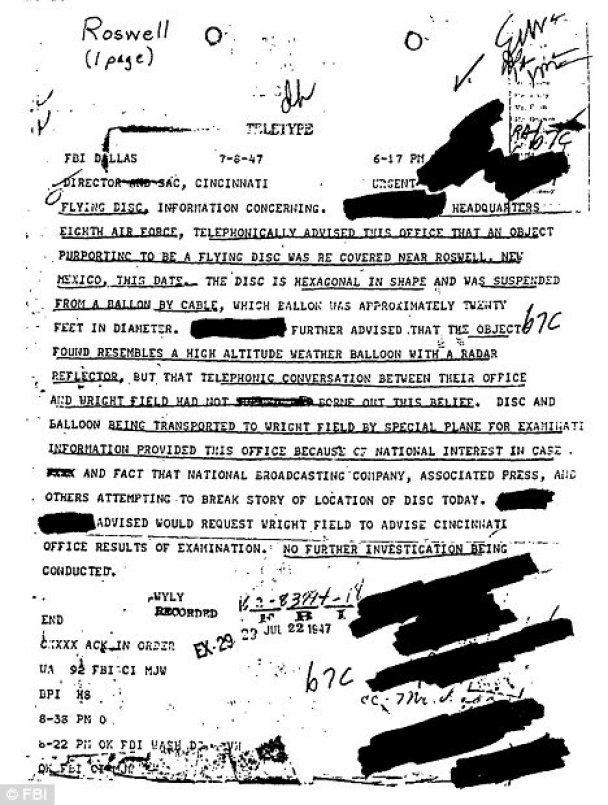 США розсекретили документи про падіння НЛО і розтин гуманоїда в 1947 (відео)
