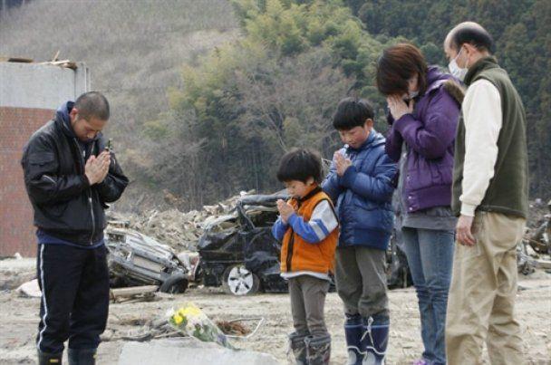 В Японии произошли два мощных землетрясения