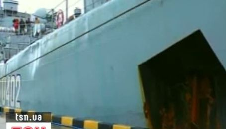 Украинский военный корабль вернулся из Ливии