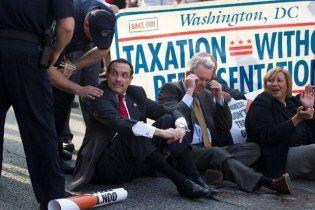 Мэр Вашингтона арестован за участие в акции протеста