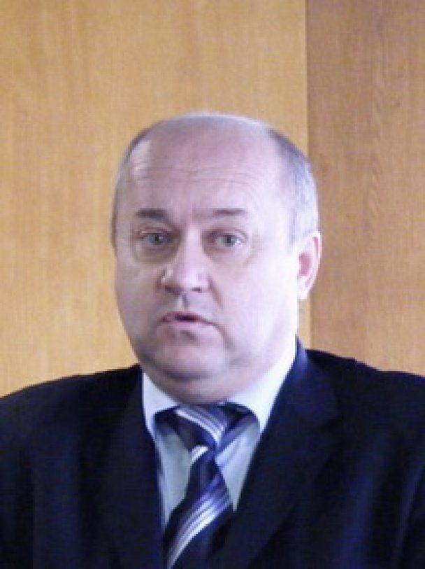 На Буковині звинувачений у побитті рибалок голова РДА подав у відставку