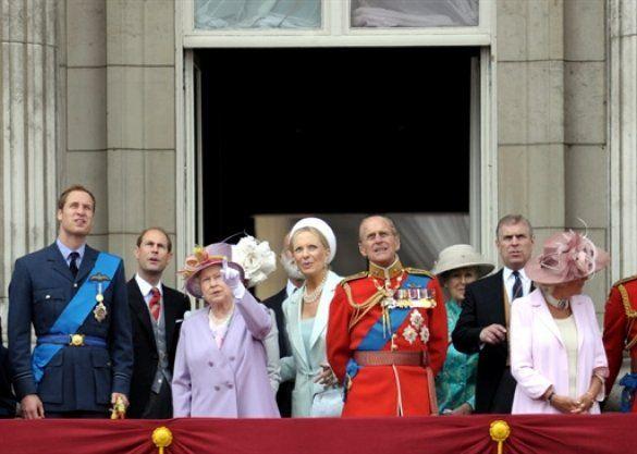 Британська монарша родина