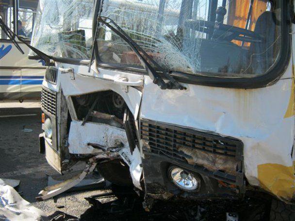 На Одесщине пассажирский автобус попал в ДТП, 2 человека погибли, 11 в больнице