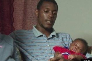 Трехмесячный младенец выжил в эпицентре торнадо