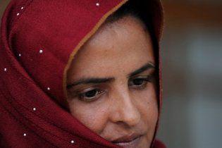 У Пакистані виправдали чоловіків, які зґвалтували жінку за рішенням старійшин