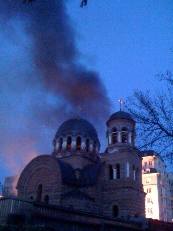 У Страсну п'ятницю у центрі Києва горів храм Московського патріархату