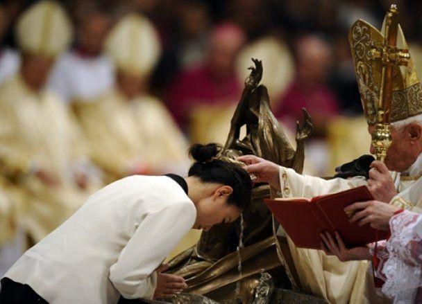Християни всього світу відзначають Великдень