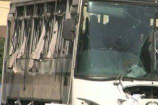В Пакистане взорваны три автобуса с военными: есть жертвы
