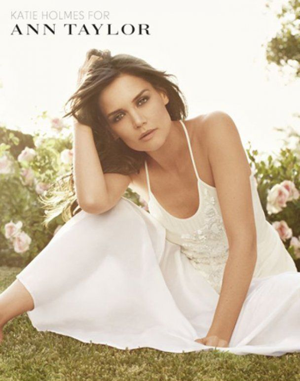 Кеті Холмс рекламує весняну елегантність