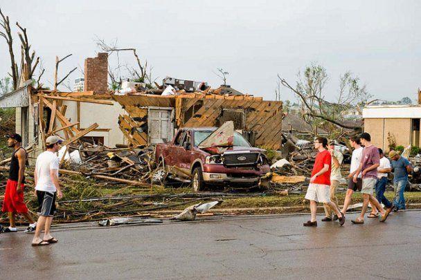 На юге США бушуют разрушительные торнадо: свыше 200 погибших
