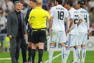 """Моурінью: УЄФА не дозволяє грати проти """"Барселони"""""""
