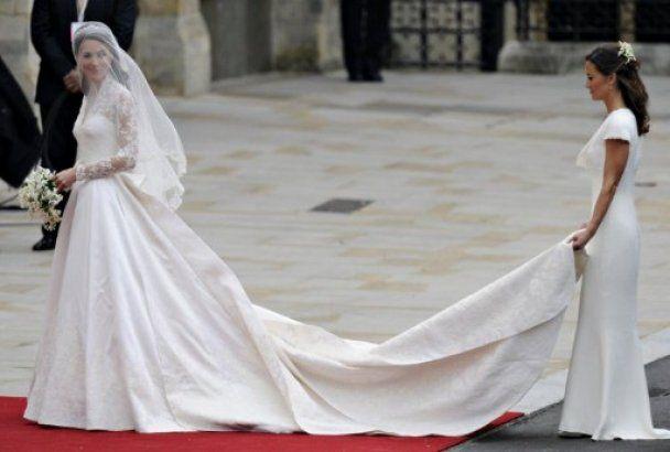 Кейт Миддлтон на свадьбе была в платье от Alexander McQueen