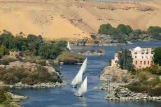 У Єгипті затонув автобус, десятки загиблих