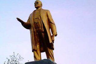 Мер Донецька відкинув ідею зносу радянських пам'ятників перед Євро-2012