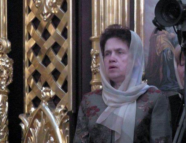 К патриарху Кириллу пришла Людмила Янукович: прихожан не пускали в храм