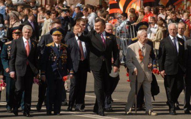 Праздничное шествие в честь Дня Победы в Киеве