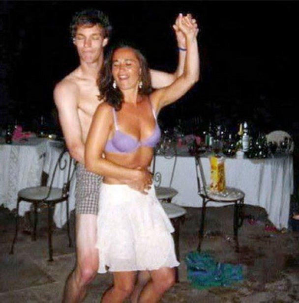 Скандал у Великобританії: опубліковано відверті фото сестри і брата Кейт Міддлтон