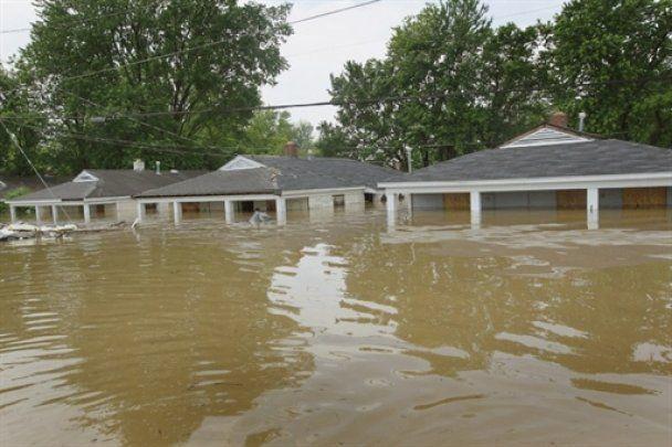 Річка Міссісіпі загрожує США рекордним потопом