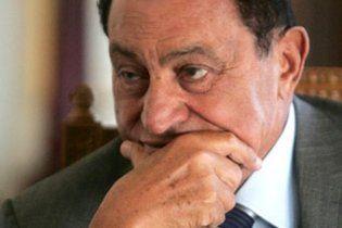 Екс-лідер Єгипту Хосні Мубарак не впав у кому, його стан стабільний