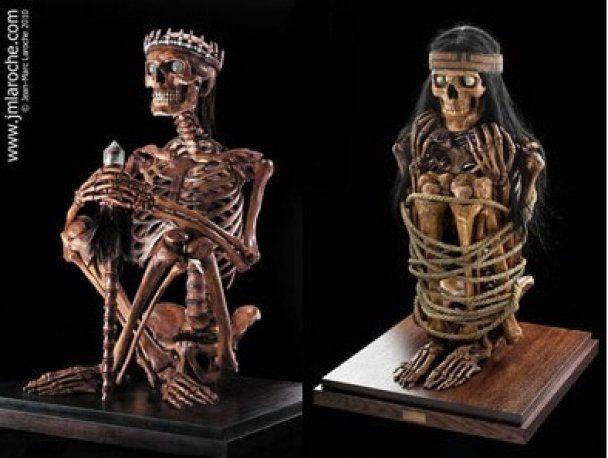 """В Музее эротики выставили """"Камасутру"""" со скелетами"""