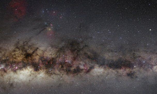 Астроном зняв унікальну повну панораму зоряного неба