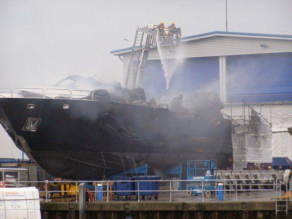Блискавка знищила яхту, Poole, Дорсет_6