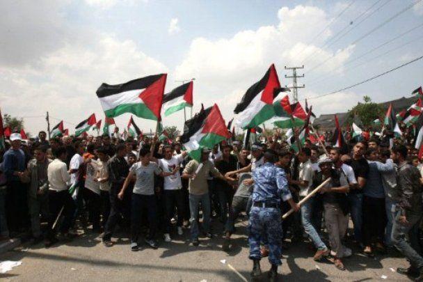 Сотні палестинців прорвали кордон з Ізраїлем, є жертви