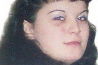 Троє п'яних зґвалтували дівчину і забили її до смерті на очах у людей, які їли шашлики