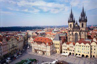 Чехія висилає українських дипломатів