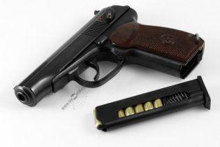 На Киевщине офицер убил своего пьяного командира, выстрелив 5 раз в сердце