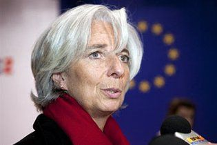 Глава МВФ призвал мировых лидеров вместе спасать экономику