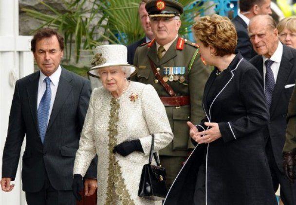Королева Елизавета II прибыла в Ирландию с историческим визитом