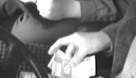 Видеозапись из машины ГАИ: 4 дня зарабатывания денег