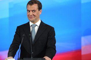 Партия регионов обвинила Медведева в шантаже