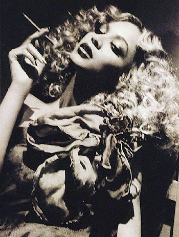 Бейонсе с золотыми губами снялась для Billboard