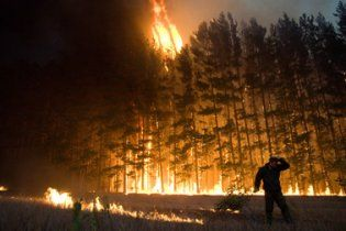 В Росії вирує пожежа, що вже охопила 160 гектарів степу та лісу