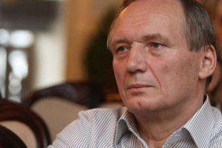 Двоє суперників Лукашенка отримали по 2 роки