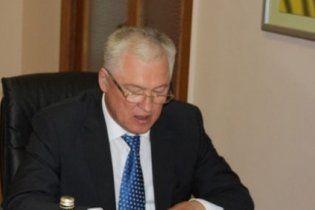 Янукович вилаяв главу МОЗ: сідайте, з вами важко розмовляти